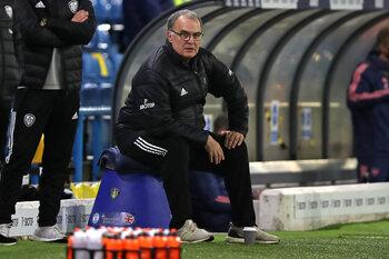 """Vanaf 21/12 op Proximus Sports: """"Take Us Home: Leeds United"""" met in de hoofdrol Marcelo 'El Loco' Bielsa"""
