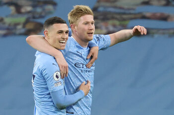 Kevin De Bruyne gidst Manchester City richting kwartfinales Champions League
