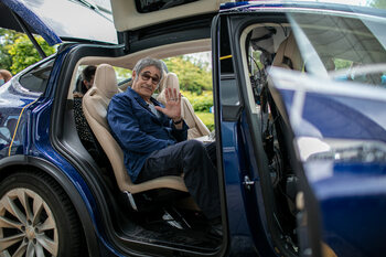 Gérard Lanvin inaugure la nouvelle saison de 'Hep Taxi !'