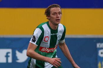 Roep naar VAR wordt luider in 1B nadat Lommelse goal ten onrechte wordt afgekeurd (video)