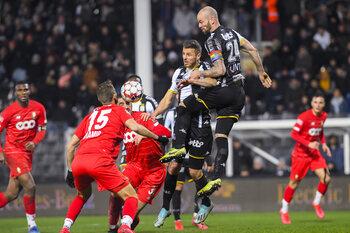 Charleroi a-t-il enfin dépassé le Standard ?
