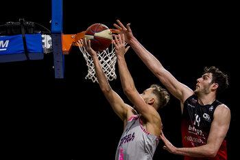 Charleroi et Alost lorgnent sur le haut du classement en Euromillions Basket League