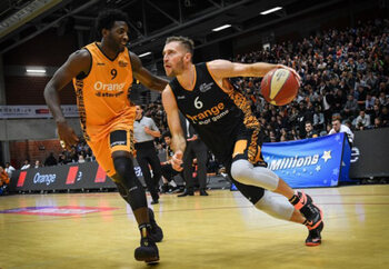 EuroMillions Basket League - Team World wint Orange All Star Game