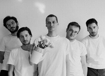 Melancholie troef op debuut-ep van Waalse band Glauque