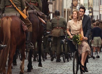 Lang verwachte WOII-serie 'World on Fire' vanaf eind oktober te zien op BBC First
