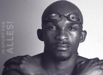 Eric Moussambani, de opvallende sterzwemmer van de Spelen in Sydney