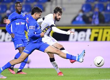 Charleroi prêt à sceller le sort de John van den Brom