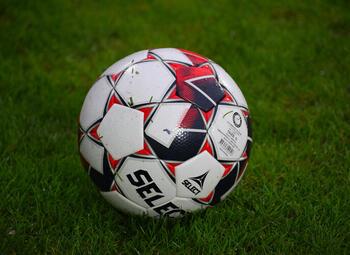 Oefenduels 1B: Lierse Kempenzonen 'redt' oefenduel tegen reeksgenoot; Westerlo en Union actief in het buitenland