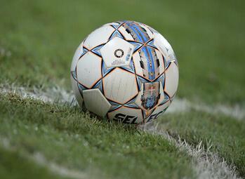 Oefenduels 1B: Lommel en RWDM krijgen er - ondanks goede eerste helft - elk drie om de oren van Anderlecht en Genk