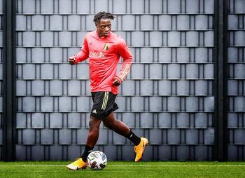Verschijnt piepjonge Jérémy Doku al meteen aan de aftrap tegen Denemarken?