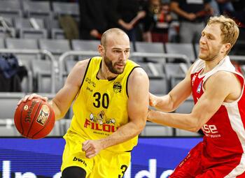 Onvervalste topper trekt Euromillions Basketball League op gang