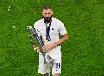 Avec un Benzema taille patron, la France remporte la Ligue des Nations