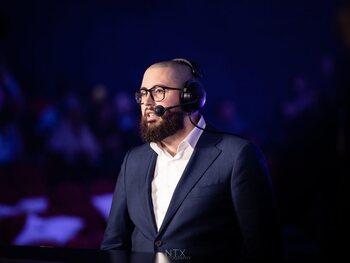 """Paulolax, League of Legends-caster: """"We zijn er om geweldige spelers, die zich onderscheiden van de rest, op de voorgrond te plaatsen"""""""