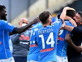 Dries Mertens et Victor Osimhen peuvent-ils former un duo d'attaque complémentaire à Naples?