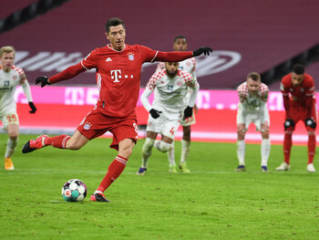 Bayern zakt vol vertrouwen af naar Borussia Mönchengladbach