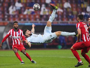 Chelsea beloont zich met goede uitgangspositie na zoutloos duel tegen Atlético Madrid