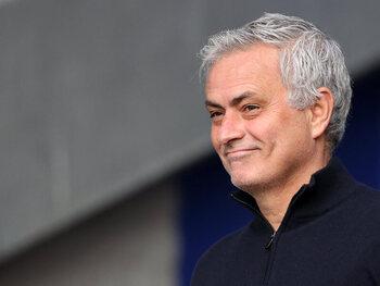 Le Special One est de retour ! José Mourinho revient en Serie A la saison prochaine
