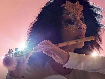 Björk va enchanter Forest National en novembre avec son spectacle Cornucopia