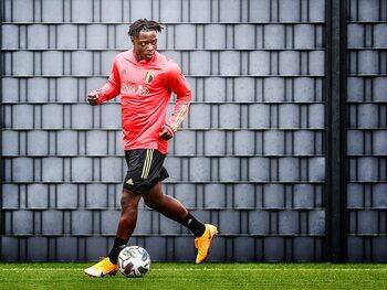 Jérémy Doku peut-il devenir le successeur d'Eden Hazard ?