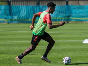 Sambi Lokonga est prêt à faire ses débuts chez les Diables Rouges
