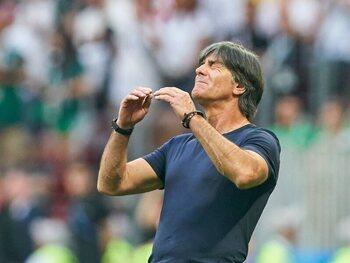 Is Joachim Löw nog steeds de geknipte man voor de rol van Duits bondscoach?