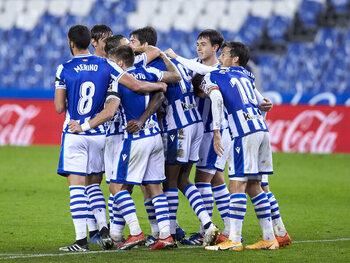 La Real Sociedad, leader, va tenter de garder les clubs madrilènes derrière elle
