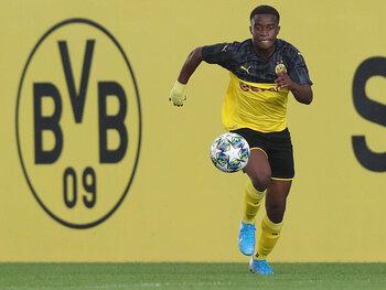 Le prodige Moukoko deviendra-t-il le plus jeune joueur de l'histoire de la Bundesliga?
