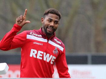 Het moeizame parcours van Emmanuel Dennis in de Bundesliga