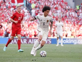 Emotionele maar geslaagde terugkeer van Axel Witsel tegen Denemarken