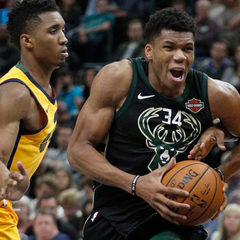 Antetokounmpo Milwaukee Bucks