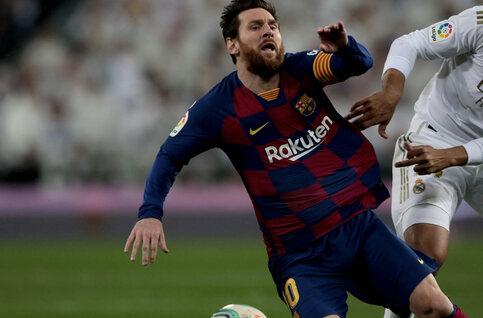 En difficulté, le Barça veut priver le Real d'un 34e titre