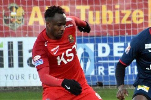 Spelerstekort bij AFC Tubize laat zich voelen: Traoré met krampen naar de kant