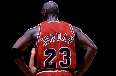 Wie was Michael Jordan diep vanbinnen: een echte winnaar of een tiran?
