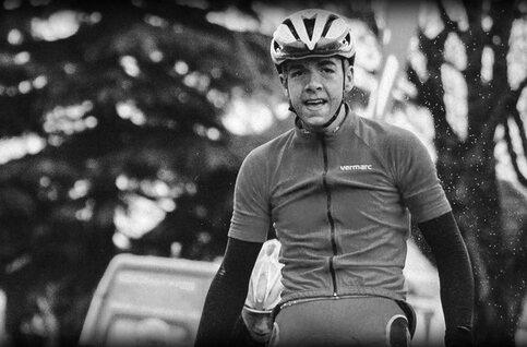 Niels De Vriendt, 20 ans, décède lors de la course cycliste de Wortegem-Petegem