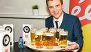 Niels Destadsbader krijgt ereburgerschap van Deerlijk en eigen festival, Chiro niet tevreden