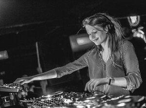 Charlotte de Witte: donker doet dansen!