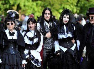 Start to gothic: met welke tien platen kan je jezelf al een beetje gothic noemen?