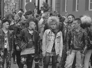 Sinner's Day wordt 5!  Hoogmis van de new wave en punk!