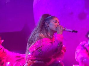 Ariana Grande, au-delà du drame