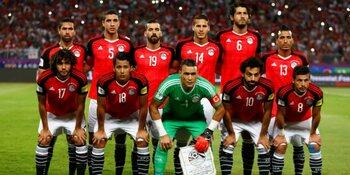 Egypte, alle hoop op bezeerde schouders Salah