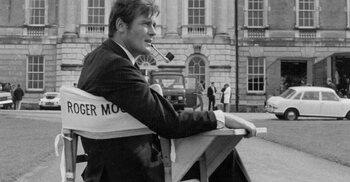 Roger Moore zeven keer als Bond