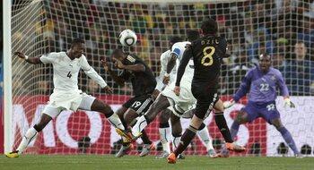 One day, one goal: pareltje van Özil trekt Duitsland over de streep tegen Ghana