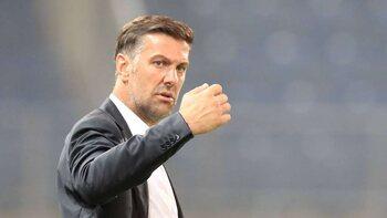 De trainer: Mladen Krstajic