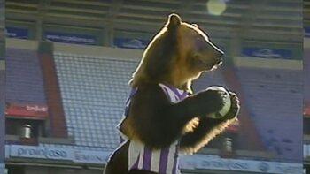 Trompetspelende beer