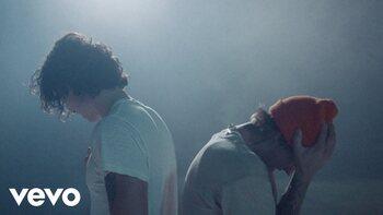 Clip van de week: Shawn Mendes en Justin Bieber leggen hun ziel bloot in 'Monster'