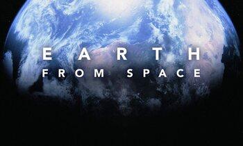 Maandag: Earth from Space