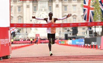 12 oktober - Eliud Kipchoge, de man van een andere planeet op de marathon