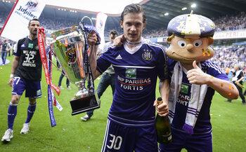 2012/2013 : Anderlecht vient à bout d'un Zulte Waregem très coriace
