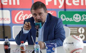 L'entraîneur : Oscar Ramirez