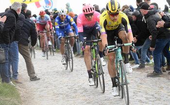 LAST YEAR… Van Aert, explose au Dauphiné et au Tour